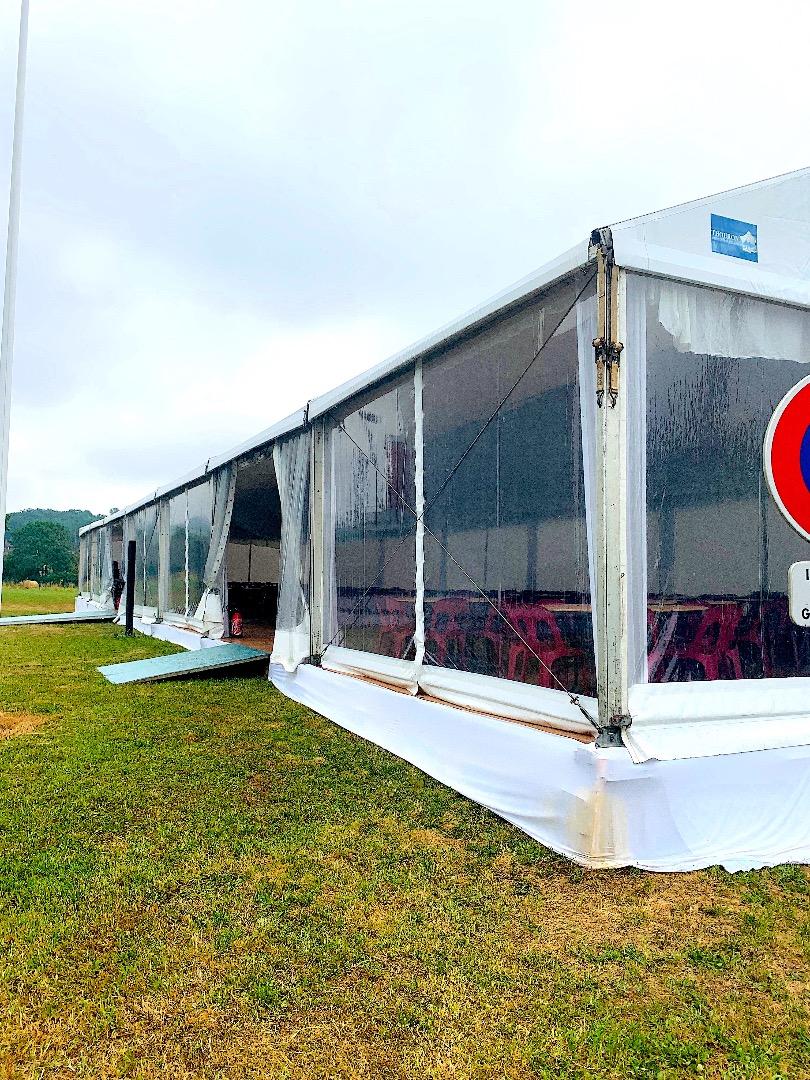 Tente Castres.JPG